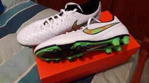 Botines Nike ORIGINALES Magista nº 42 POCO USO