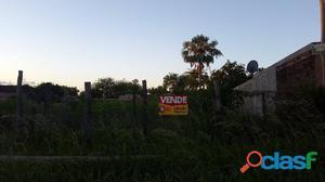 Gran terreno en Barranqueras en venta!