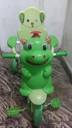 Triciclo Con Luz Y Sonido (color Verde Manzana)