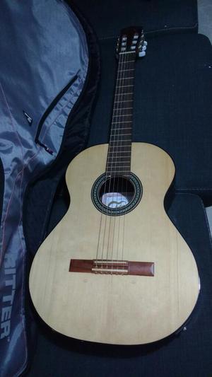 Guitarra Fonseca 31ec con Funda.nuevas