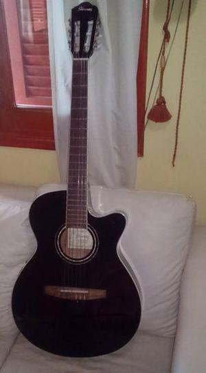 Vendo guitarra Ibanez cuerdas de nylon con ecualizador