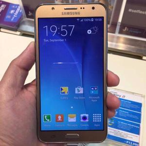 Samsung Galaxy J7 color DORADO EDICION LIMITADA 4G 16GB
