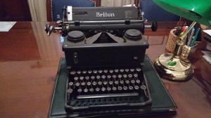 Maquina de escribir inglesa antigua, en muy buen
