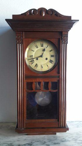 Antiguo Reloj Pared Con Péndulo Medio Carrillon A Cuerda