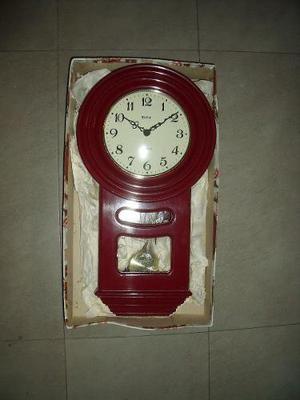 Reloj De Pared Con Pendulo Antiguo