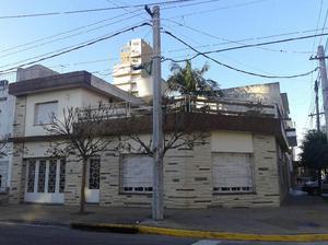 Casa 5 amb. en 2 plantas lote propio 190 m2 cub SAN MARTIN