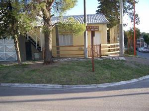 Casa amplia a 3 cuadras del mar y 7 del centro
