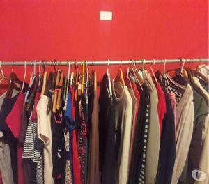 Liquidacion de ropa por cierre de local