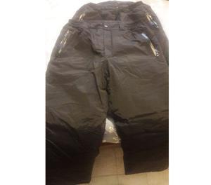 Vendo Pantalon para Nieve marca URB - Talle 40 y 42 - color