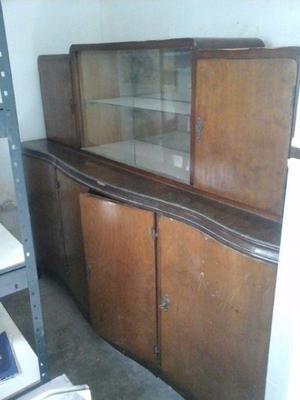 Mueble cristalero vajillero de años 50
