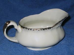salsera de porcelana inglesa sellada
