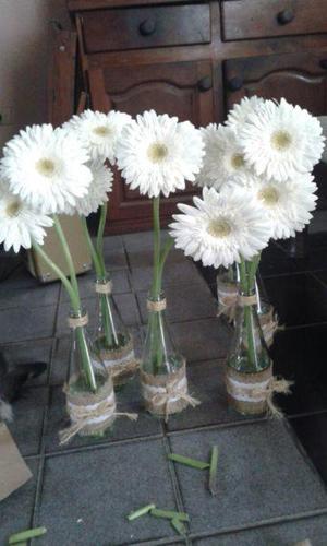 Vendo Botellas de vidrio para centros de mesa u otros