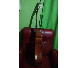 Guitarra semi nueva