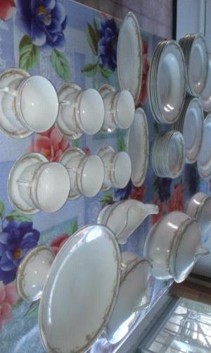 Vajilla Porcelana antigua inglesa en buen estado
