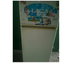 Heladera Lacar con Freezer 300 Perfecto Funcionamiento