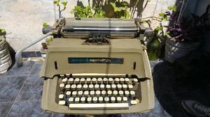Maquina de Escribir Antigua Casi sin Uso