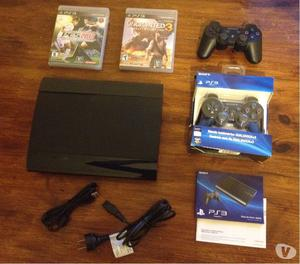 Vendo Playstation 3 + 2 joysticks + 2 juegos. IMPECABLE!