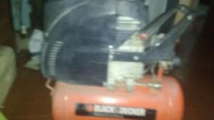 Vendo Compresor de Aire marca Black Decker con poco Uso