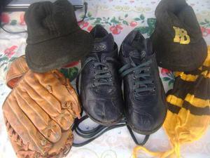 Botines Y Guantes De Beisbol Un Regalo!!!!