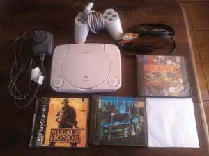 Playstation 1 + 4 Juegos + 1 Joystick Sony Y Sus Cables