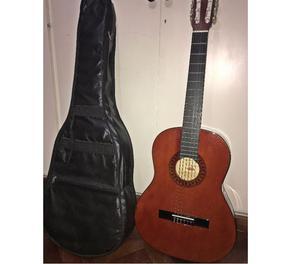 Guitarra Criolla con Funda Casi Nueva