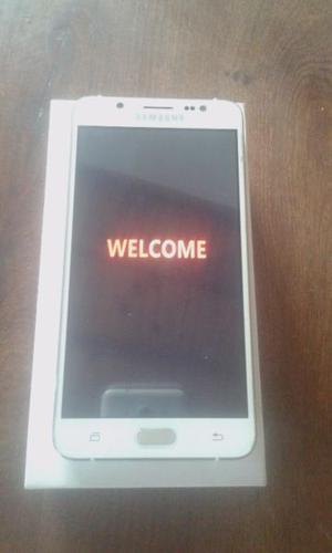 Samsung J casi nuevo