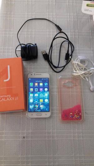 Vendo telefono samsung J1