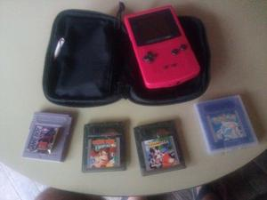 Game Boy Color con funda y 4 juegos