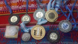Medallas De Ajedrez. En Buen Estado
