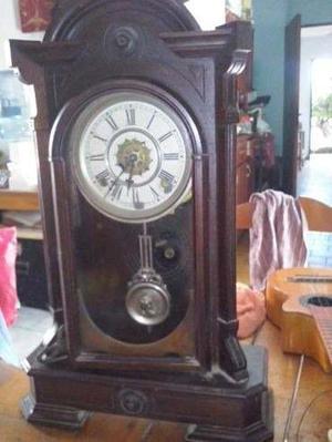 Reloj Antiguo De Pared Pendulo Doble Cuerda Funcionando