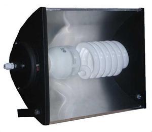 reflector + lampara bajo consumo 105w