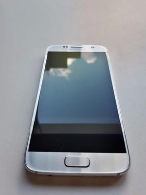 Vendo Samsung s7 silver, en excelente estado, con accesorios