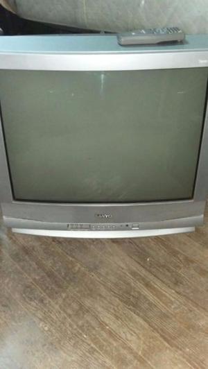 Vendo Televisor 29 pulgadas Sanyo usado en buen estado