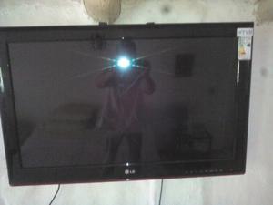 """TV 32"""" LCD CONTROL REMOTO"""