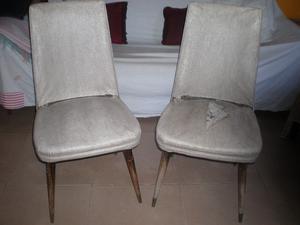 Lote de sillas,banquetas y silla matera