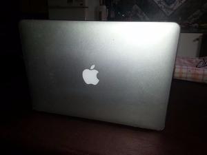 Macbook Air 13 Core i5 4gb 120gb
