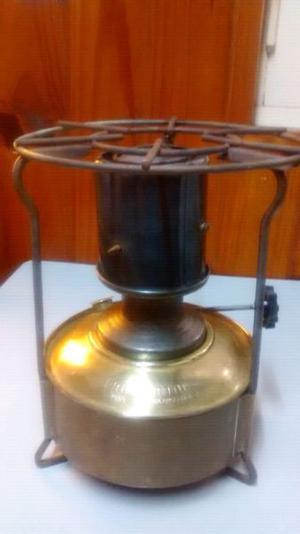Calentador a kerosene antiguo bram-metal nro 3