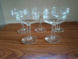 Juego De Copas De Champagne De Cristal Labrado Incompleto
