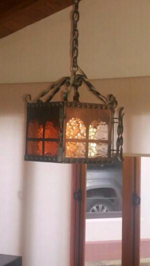 Lámpara de techo..