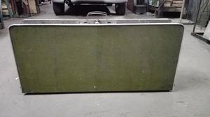 Mesa plegable usada tipo valija