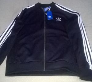 Campera Adidas Original, talle:L. Nueva. $900