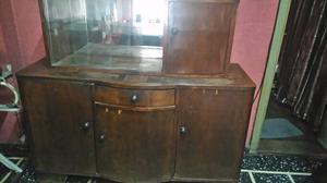 Mueble antiguo,con espejo