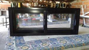 Ventana De Aluminio Negro 1,50 X0,60 Vidrio Entero