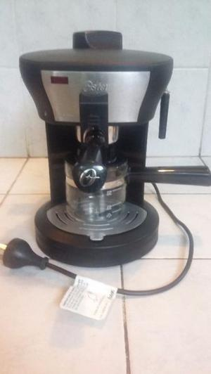 Cafetera expreso capuchino OSTER
