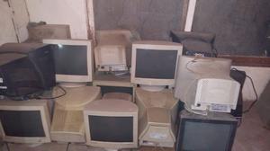 Lote 20 monitores a reparar.