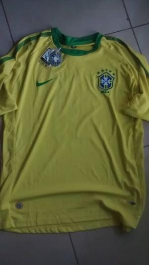 "Camiseta BRASIL ""KAKA"""