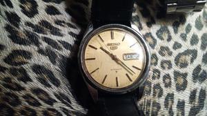 Reloj automatico Buen estado