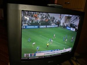 """TV Philips 33"""" con control"""