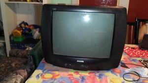 Vendo TV 21' Philips con Mesita!!