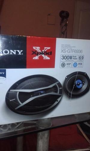 Vendo Parlantes Sony Xplod
